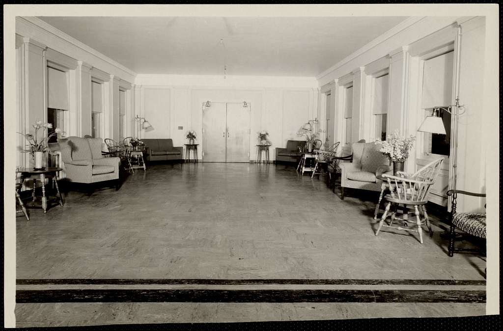 Connecting sun parlor between the Faulkner Hospital surgical and medical buildings